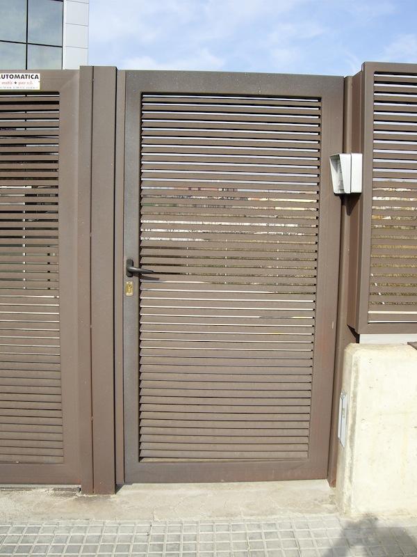 Pormatic 2012 s l puerta de paso industrial for Puertas industriales