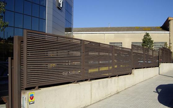 Pormatic 2012 s l puerta industrial reja y vallado for Puertas industriales