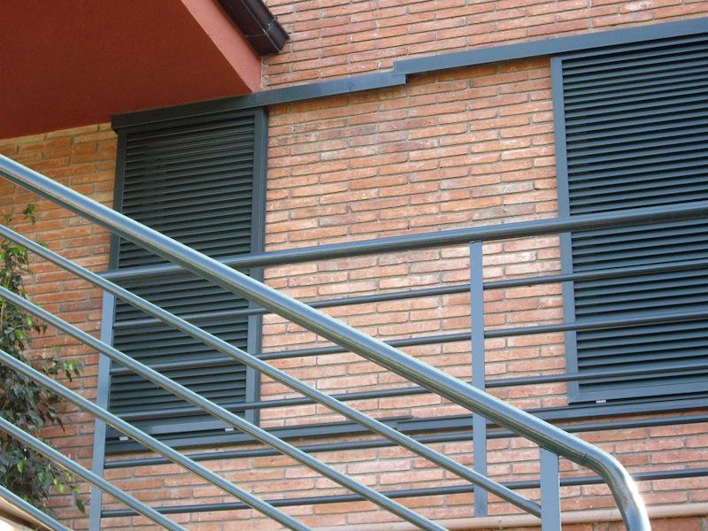 PORMATIC 2012 S.L. :: Puertas de parking corredera superior - photo#40